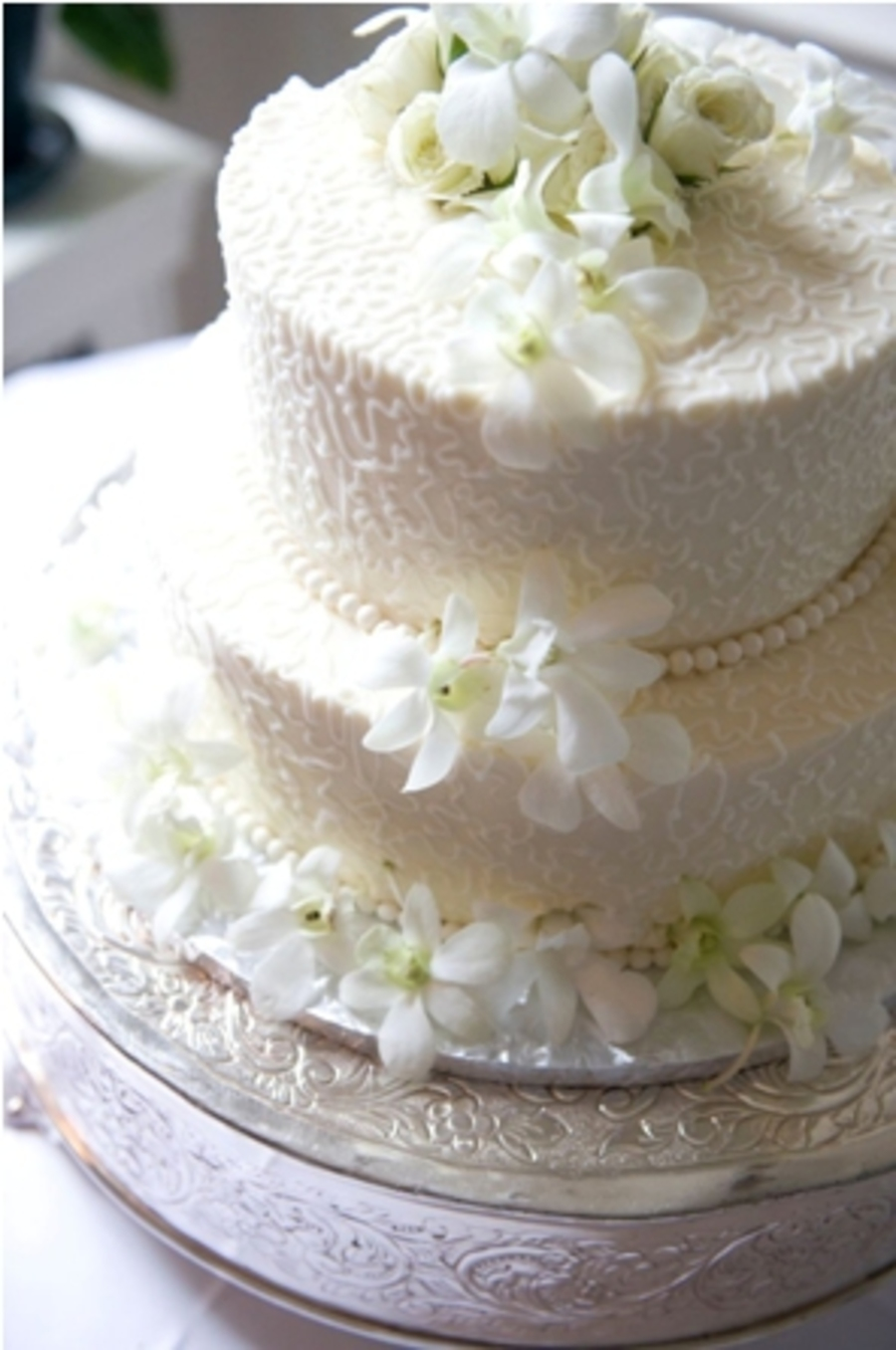 Cornelli Lace With Fresh Flowers - CakeCentral.com