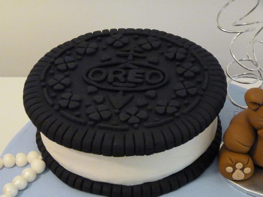 Oreo Cake Decor : Oreo Cookie - CakeCentral.com