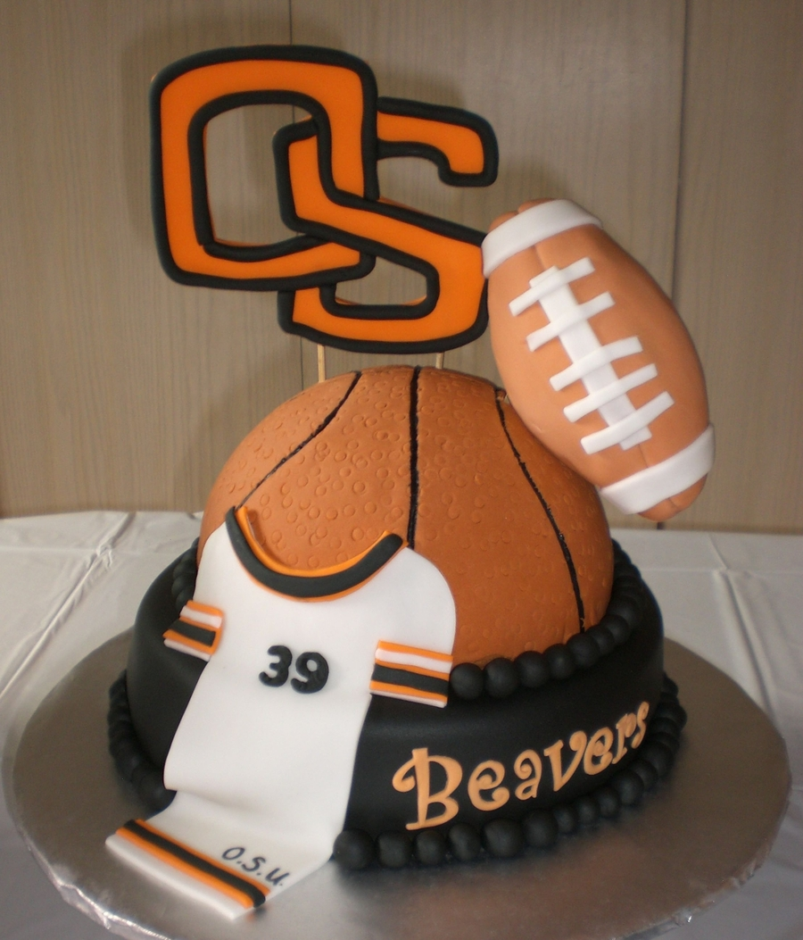 He Loves The Beavers on Cake Central