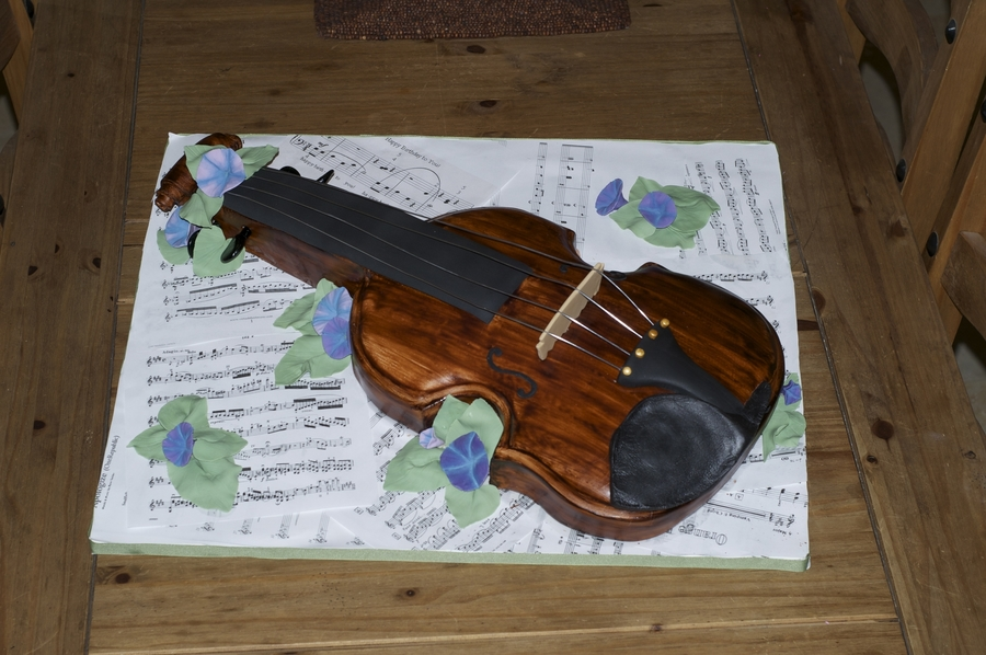 Violin Birthday Cake on Cake Central