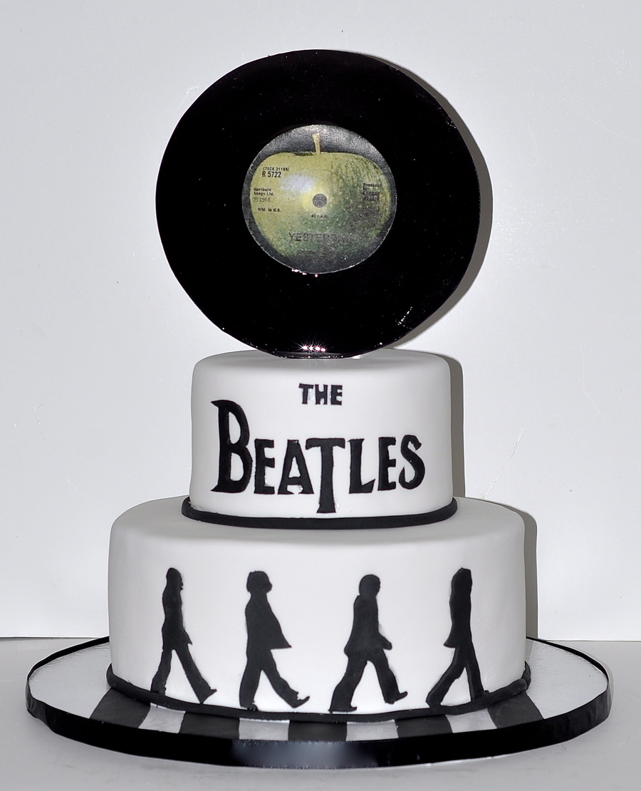 Fine Beatles Birthday Cake With Hand Sculpted Record Cakecentral Com Funny Birthday Cards Online Alyptdamsfinfo