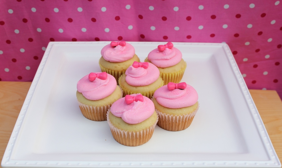 Pink Bow Cupcakes on Cake Central