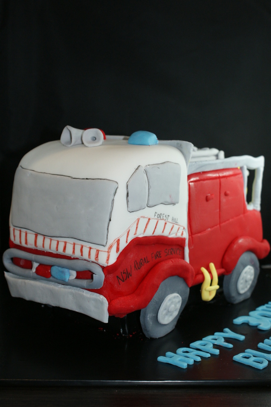 3D Fire Truck on Cake Central