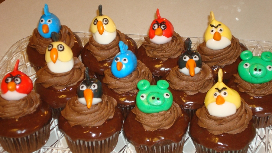 Angry Birds Chocolate Fudge Cupcakes  on Cake Central