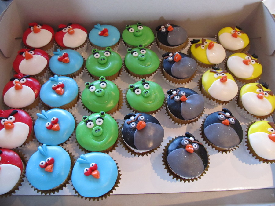 Angry Birds Cupcakes on Cake Central