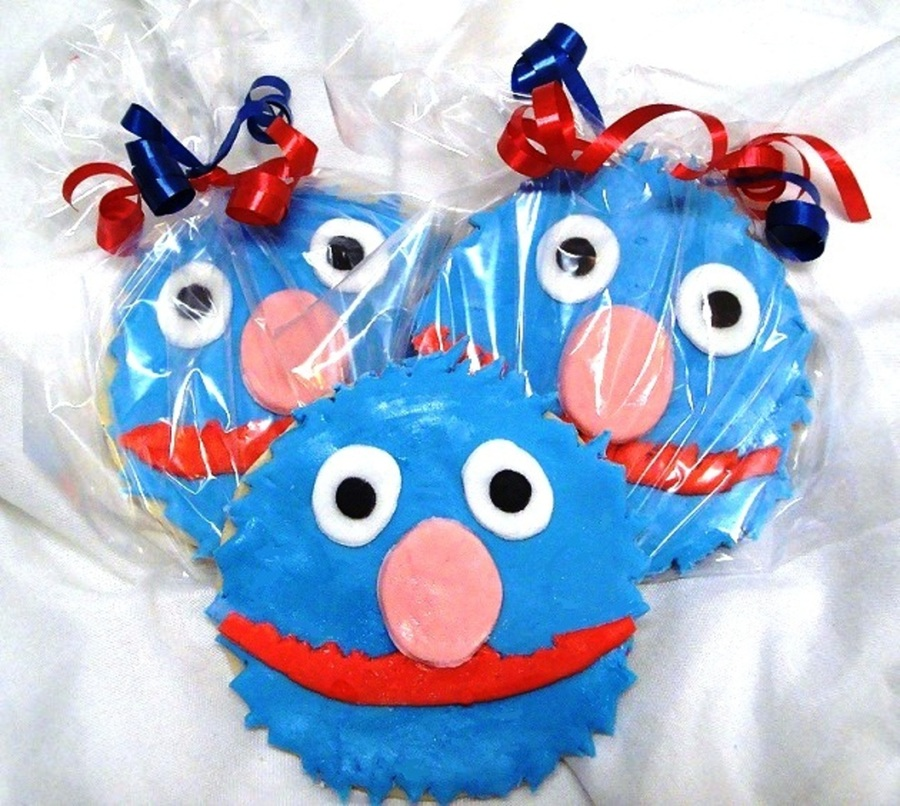 Grover Cookies on Cake Central