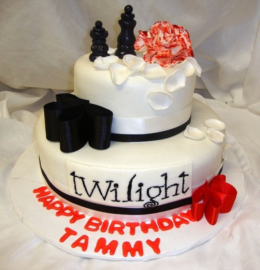 Yet Another Twilight Cake on Cake Central