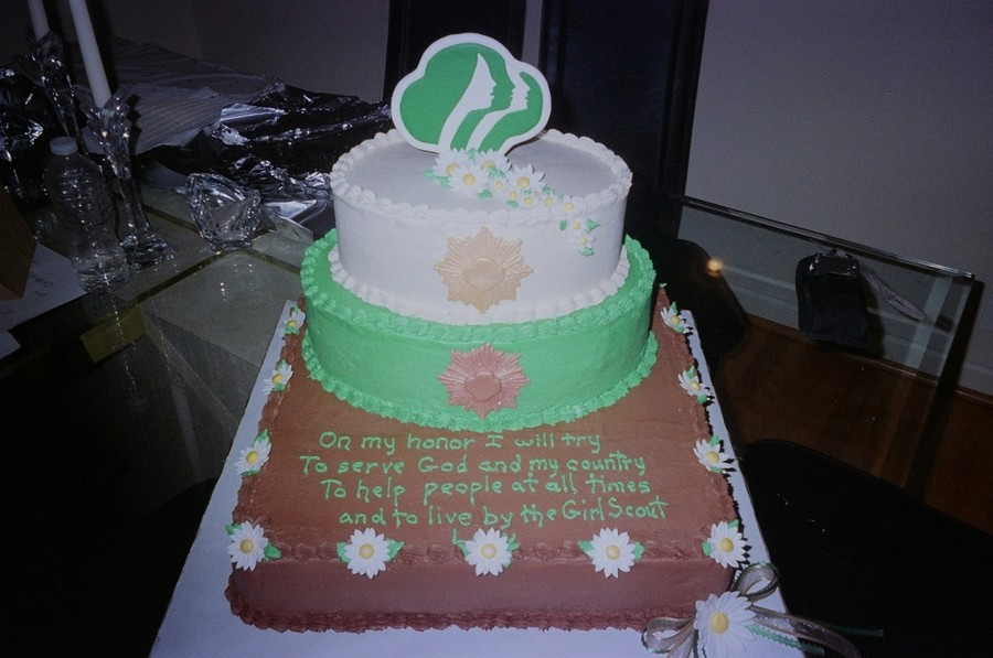 Girl Scout Court Of Awards on Cake Central