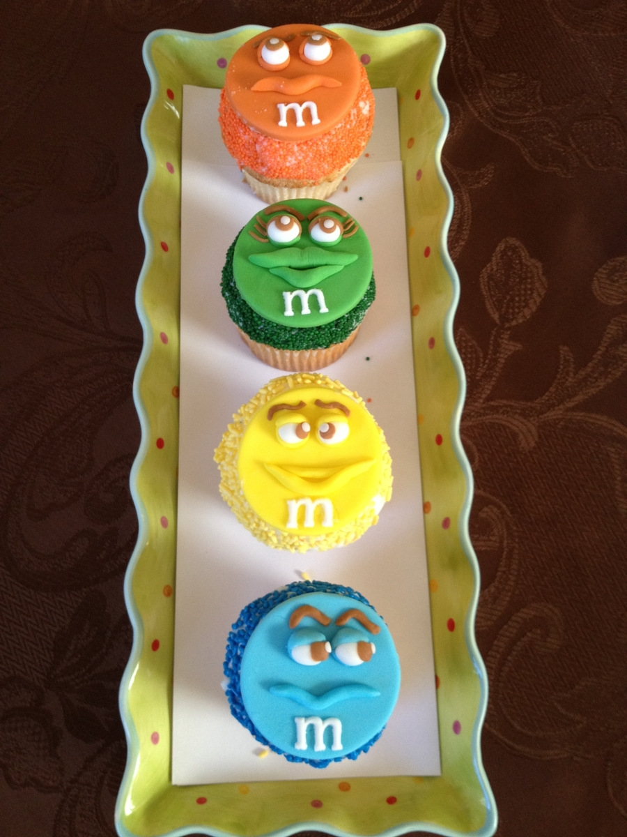 M & M Cupcakes on Cake Central