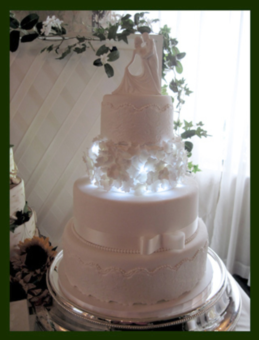 You Light Up My Life - Wedding Cake on Cake Central