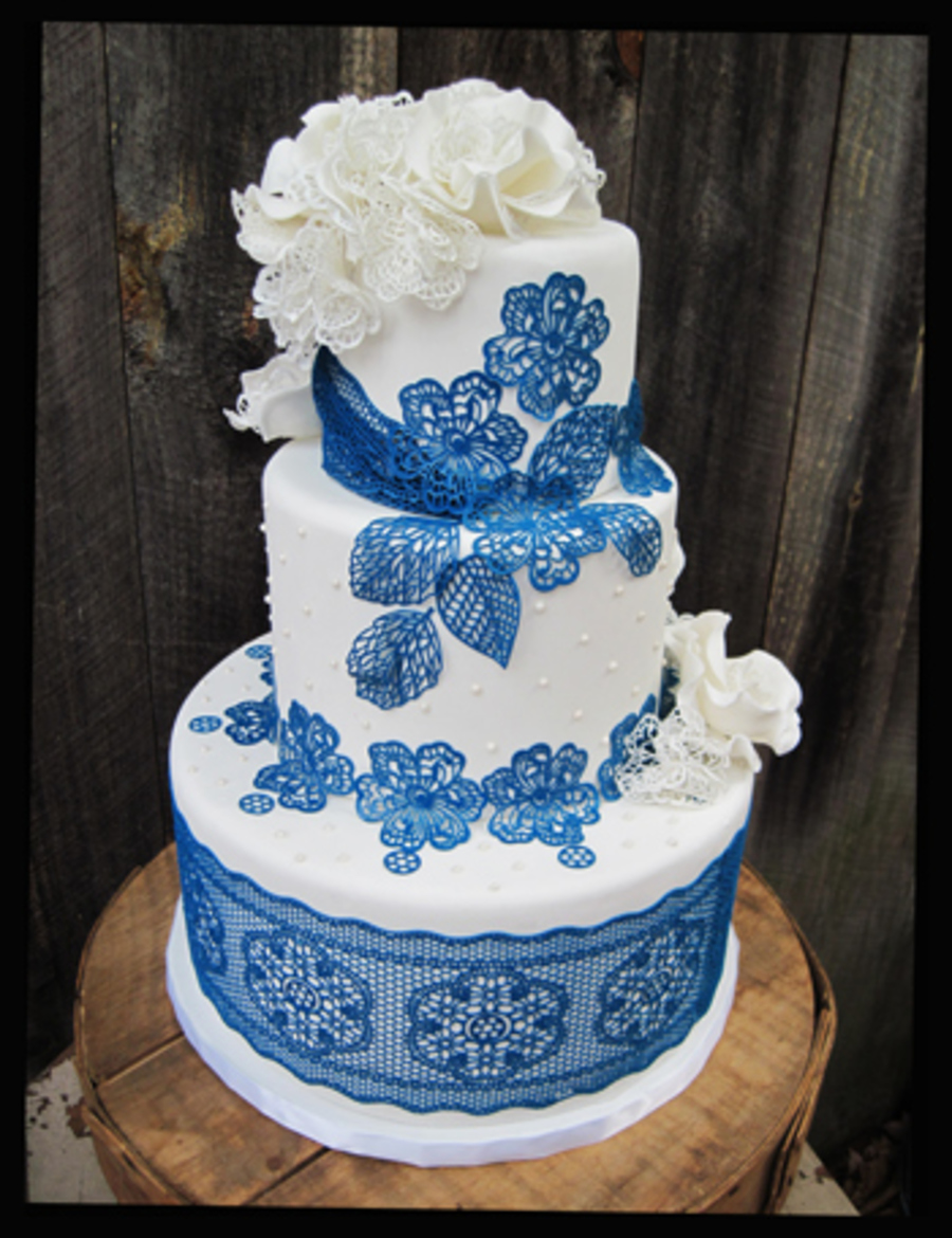 navy blue sugar lace wedding cake. Black Bedroom Furniture Sets. Home Design Ideas