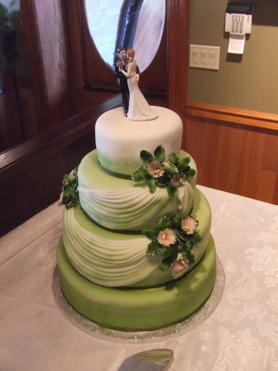 Green With Swags And Flowers on Cake Central