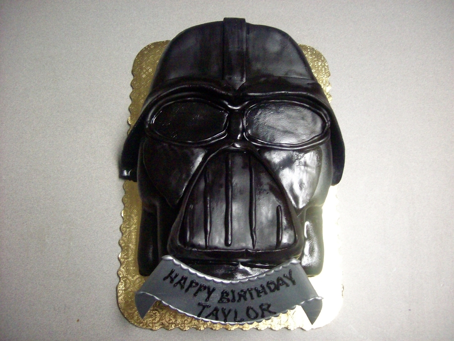 Darth Vadar on Cake Central