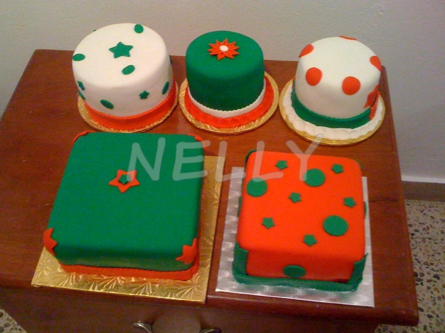 X-Mas Gifts on Cake Central