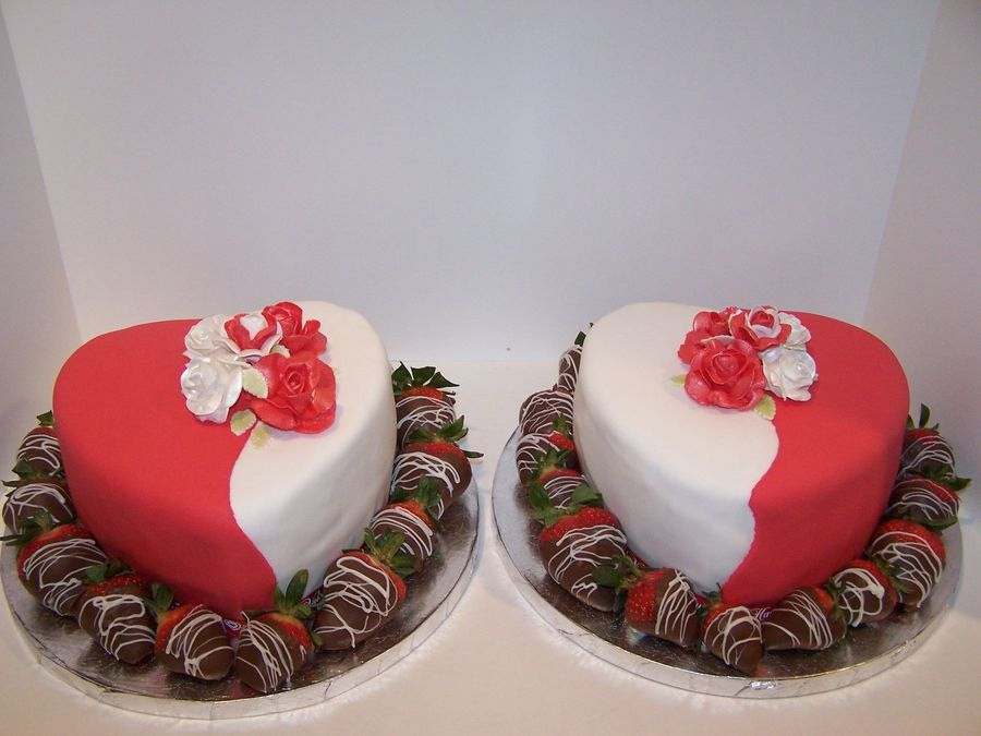 Ying & Yang Of Love on Cake Central