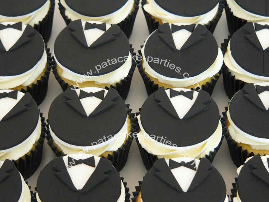 Tuxedo Dinner Jacket Cupcakes Cakecentral Com