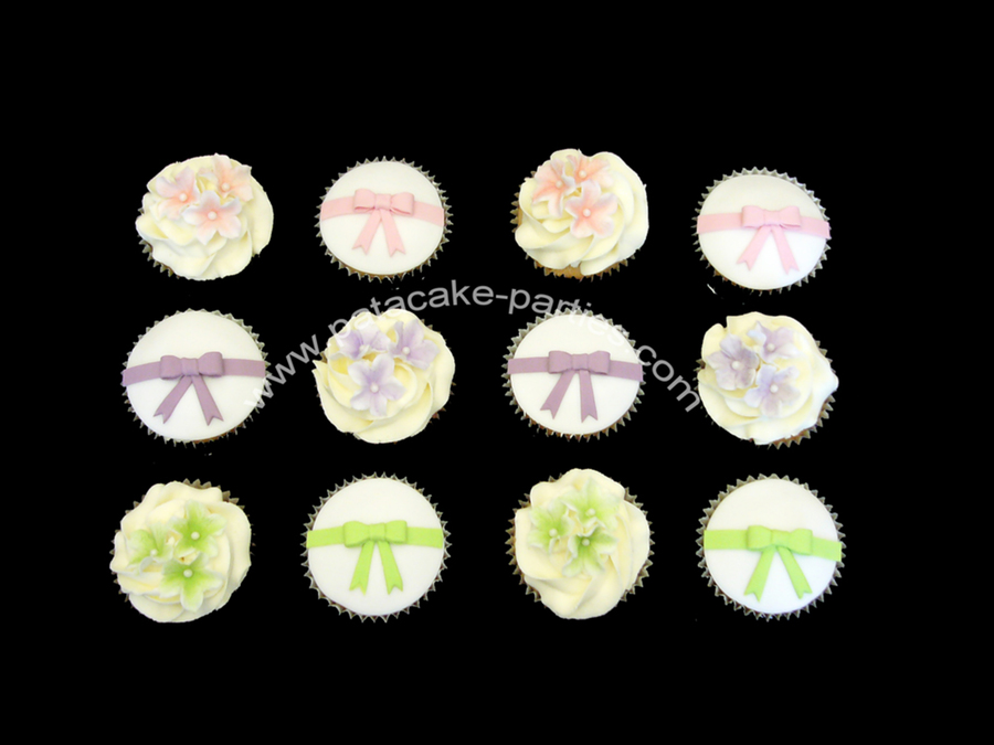 Blossoms & Bows Cupcakes  on Cake Central