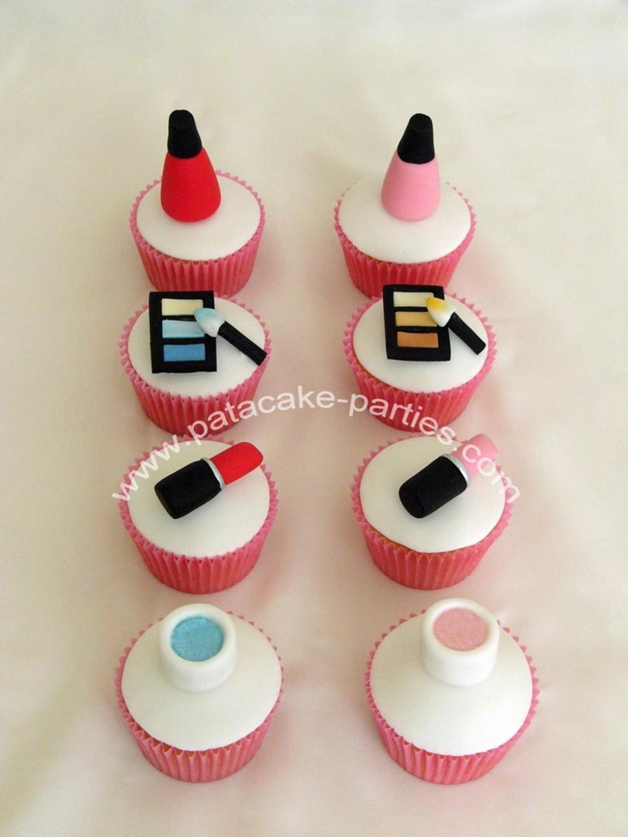 Make-Up Cupcakes - CakeCentral.com