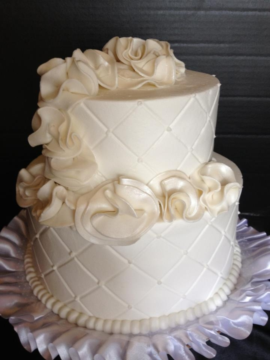 Small Ruffle Wedding Cake Cakecentral Com