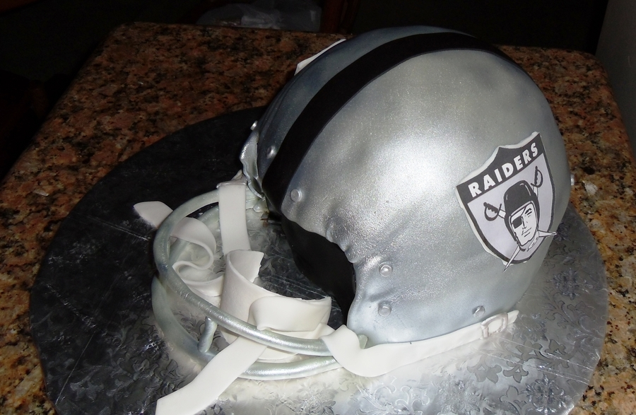 Raiders Helmet on Cake Central