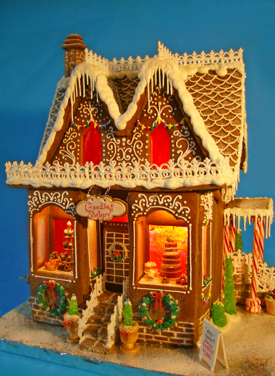 Goodies Bakery Gingerbread House 2012 Cakecentral Com