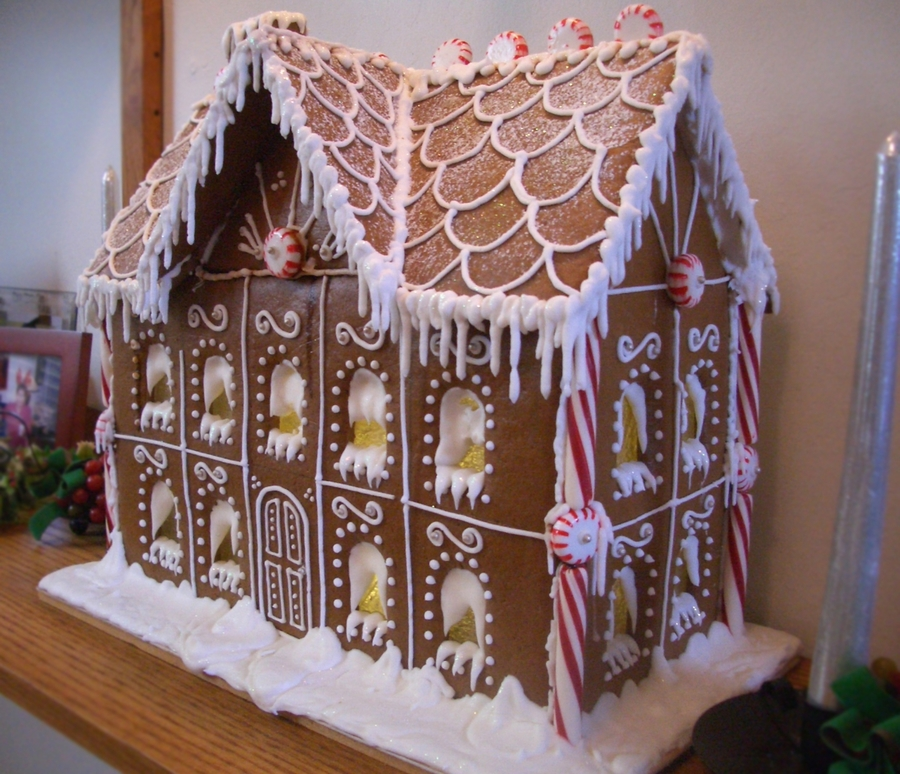 Gingerbread House- 2009 on Cake Central