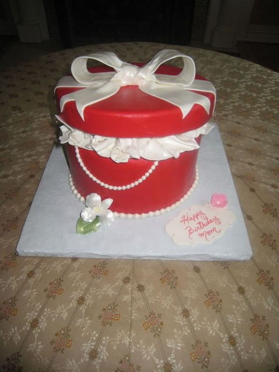 Red Gift Box on Cake Central