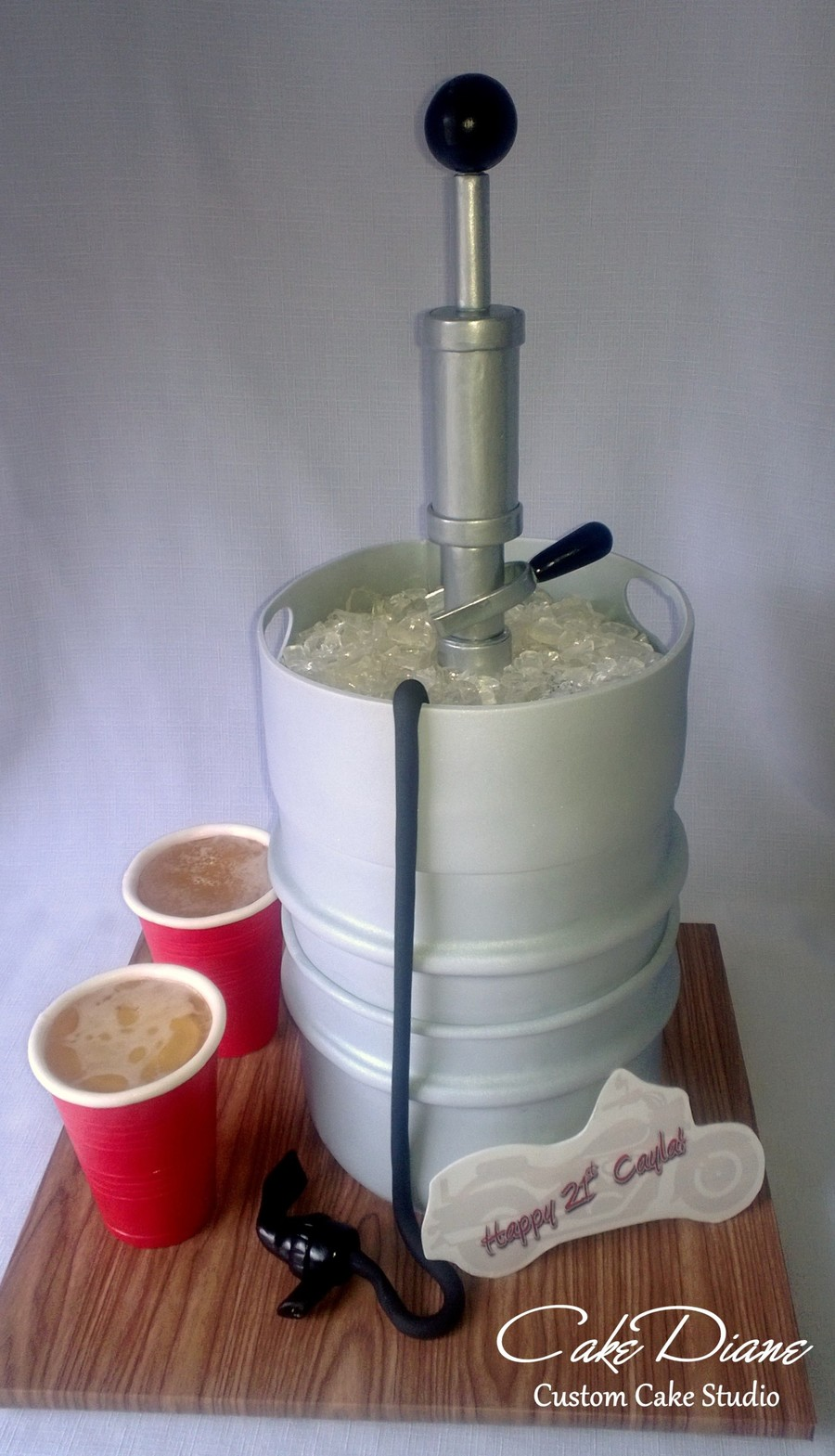 Beer Keg And Red Cups Cakecentral Com