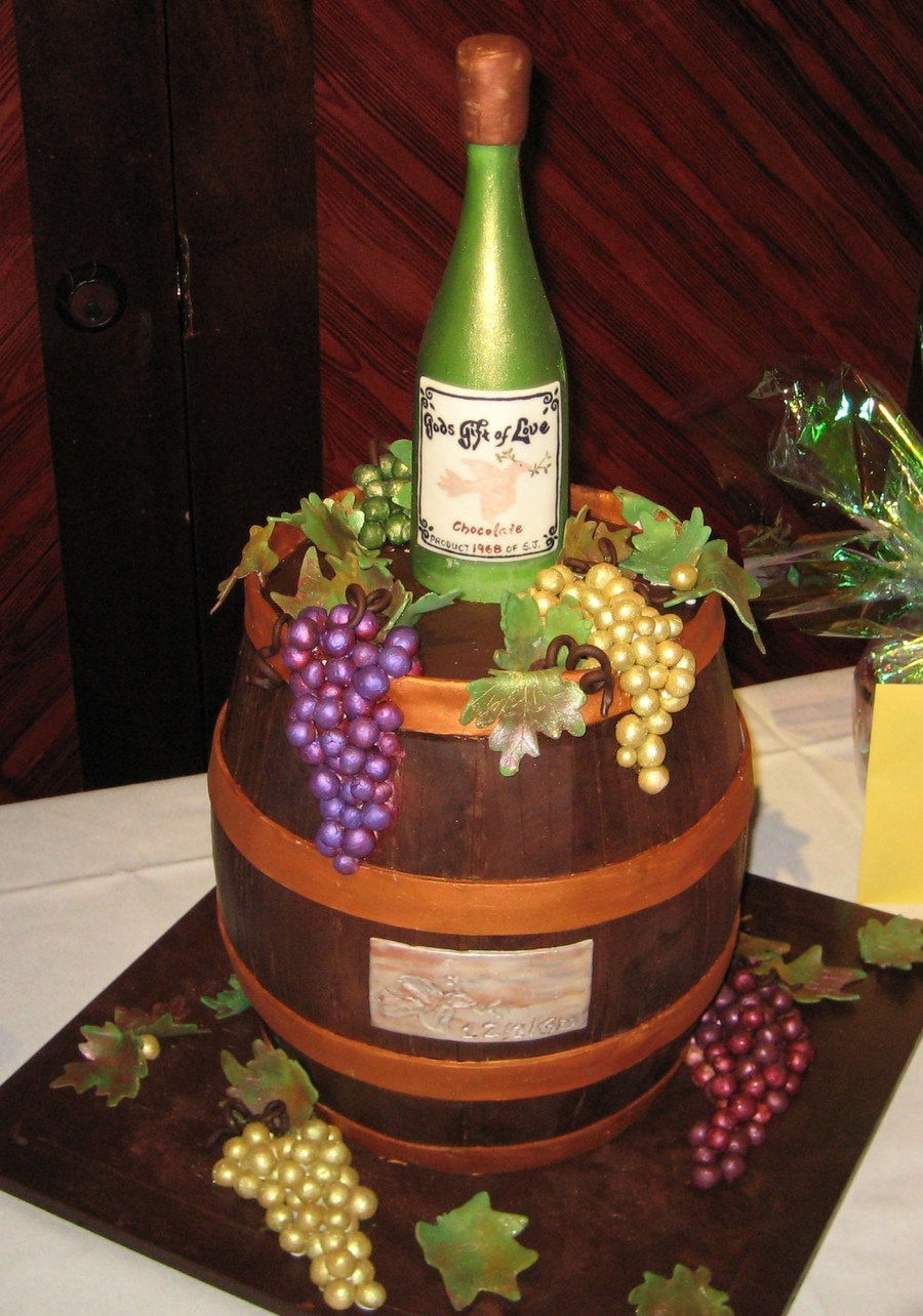 How To Decorate A Wine Bottle Cake