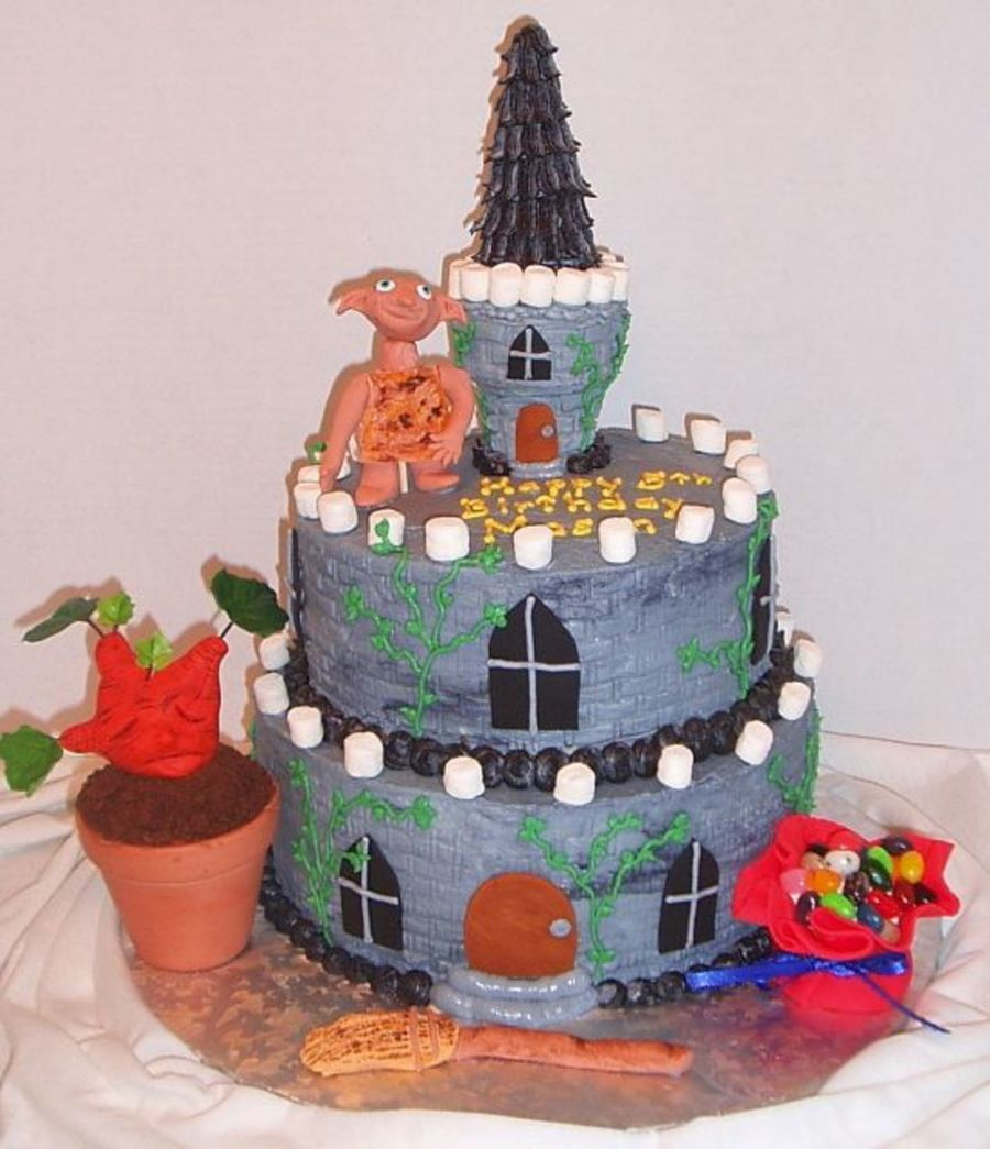Harry Potter Castle  on Cake Central
