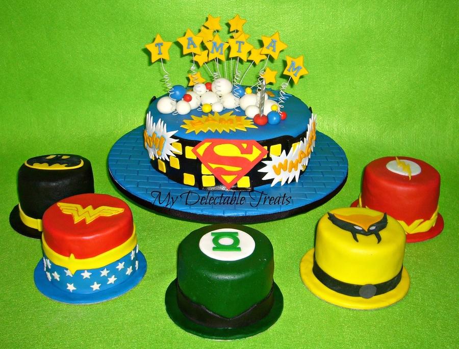 Justice League Cakes Wwwimgarcadecom Online Image Arcade