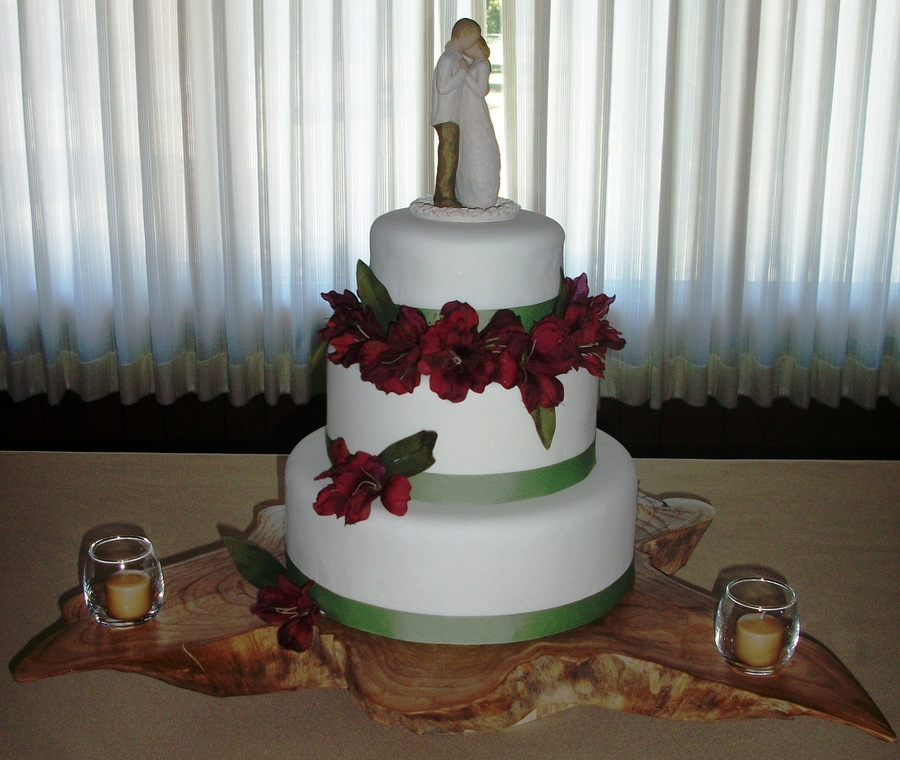 Brookes Wedding Cake on Cake Central