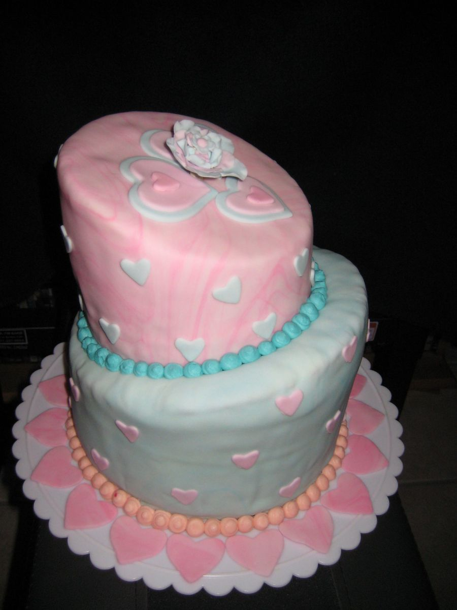 Love Heart-Topsy Turvy Cake on Cake Central