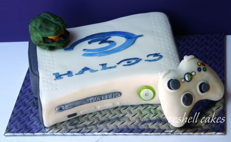 Xbox Cake Decor : Halo Xbox Cake - CakeCentral.com