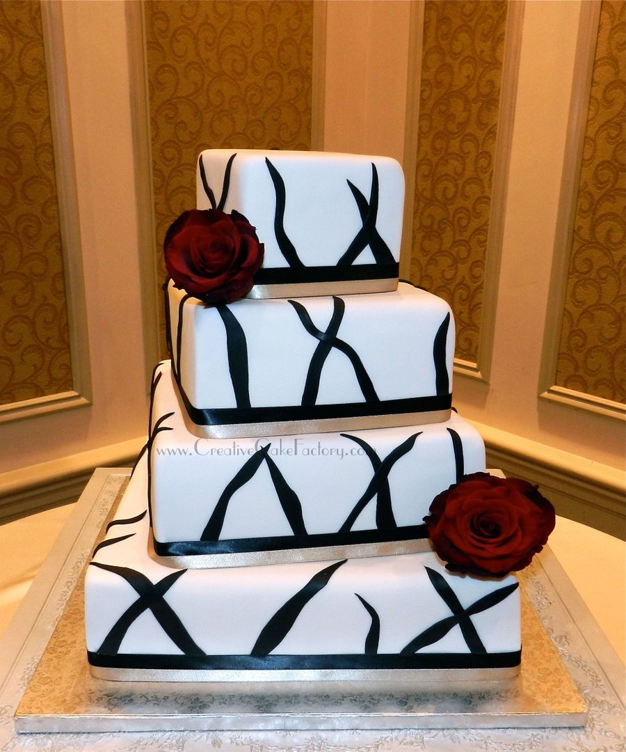 Black Lines & Red Roses on Cake Central