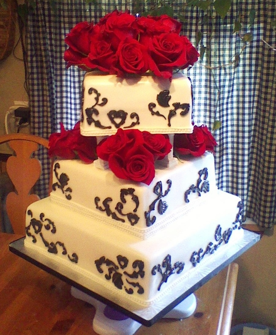 Square Black And White With Red Roses on Cake Central