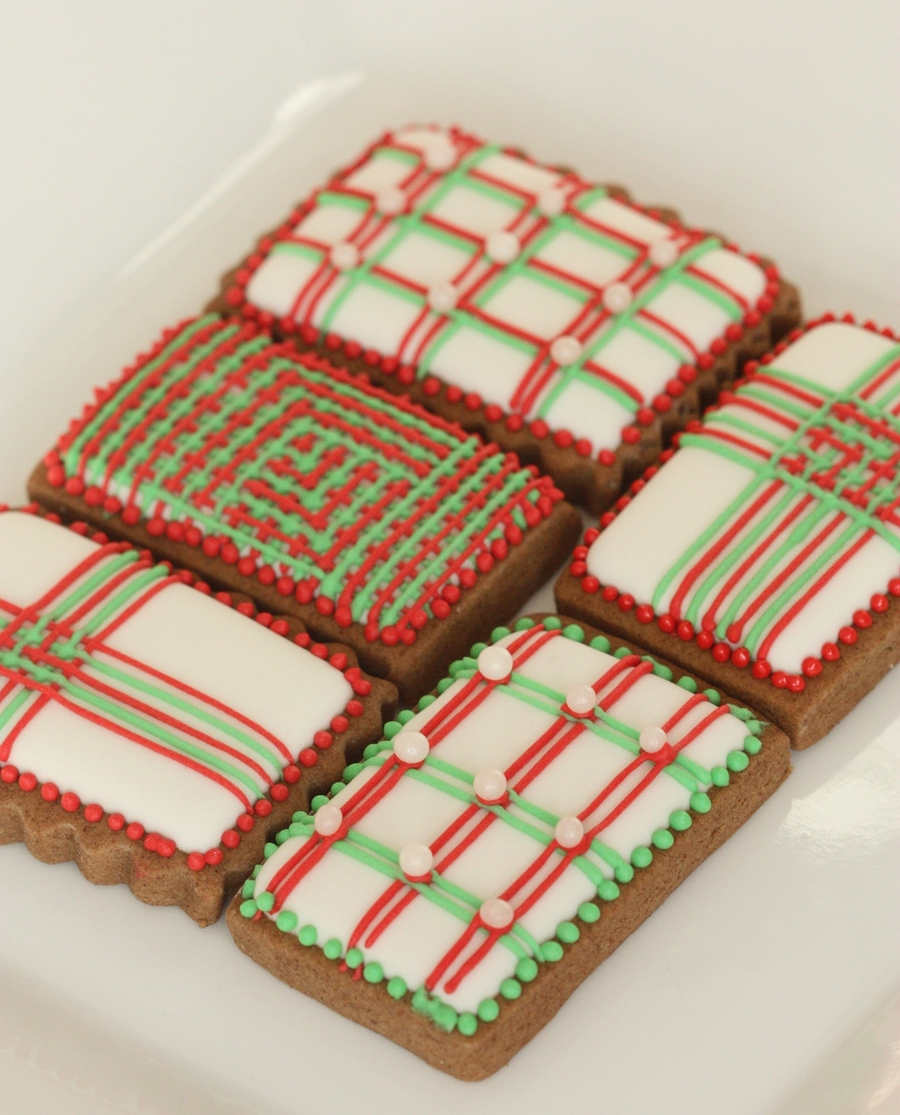 Christmas Line Cookies  on Cake Central