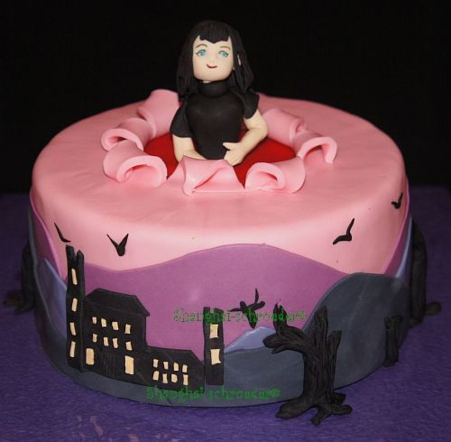 Mavis From Hotel Transylvania on Cake Central