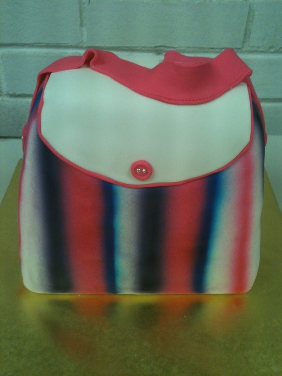 Purse  on Cake Central