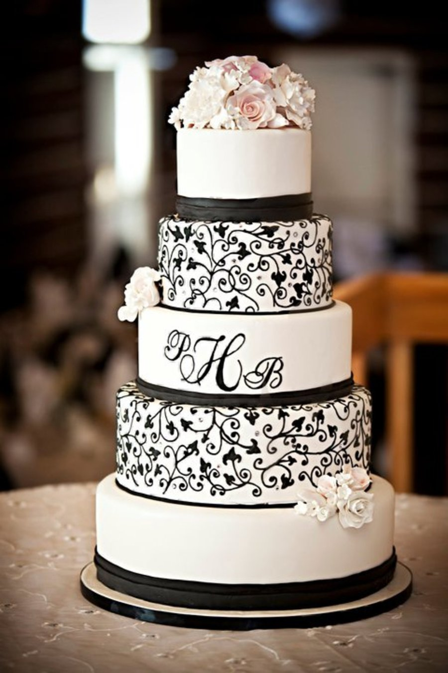 Black And White Monogram on Cake Central