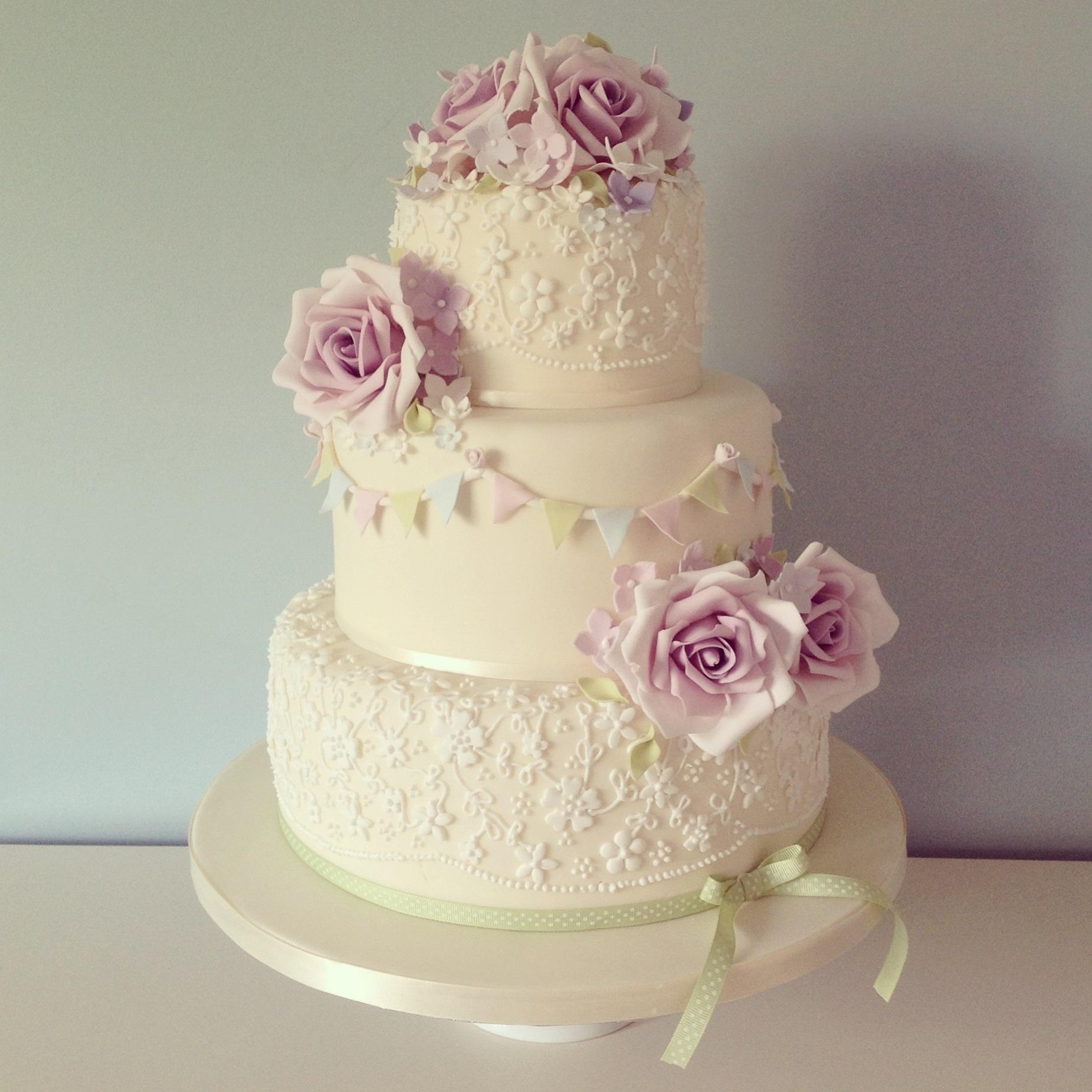 vintage rose and bunting wedding cake. Black Bedroom Furniture Sets. Home Design Ideas