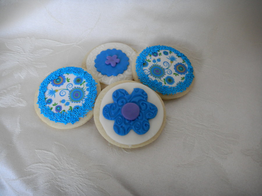 Blue And Green Floral Cookies on Cake Central