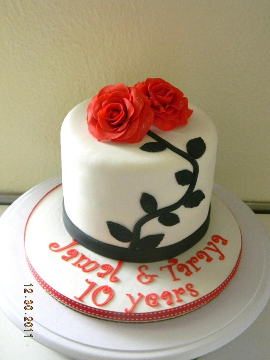 Cake Design Small : Small Anniversary Cake - CakeCentral.com