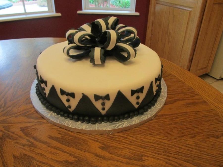 Grooms Tuxedo Fondant Cake