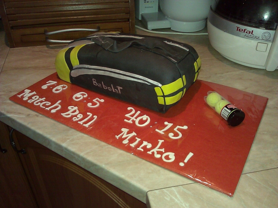 Tennis Bag  on Cake Central