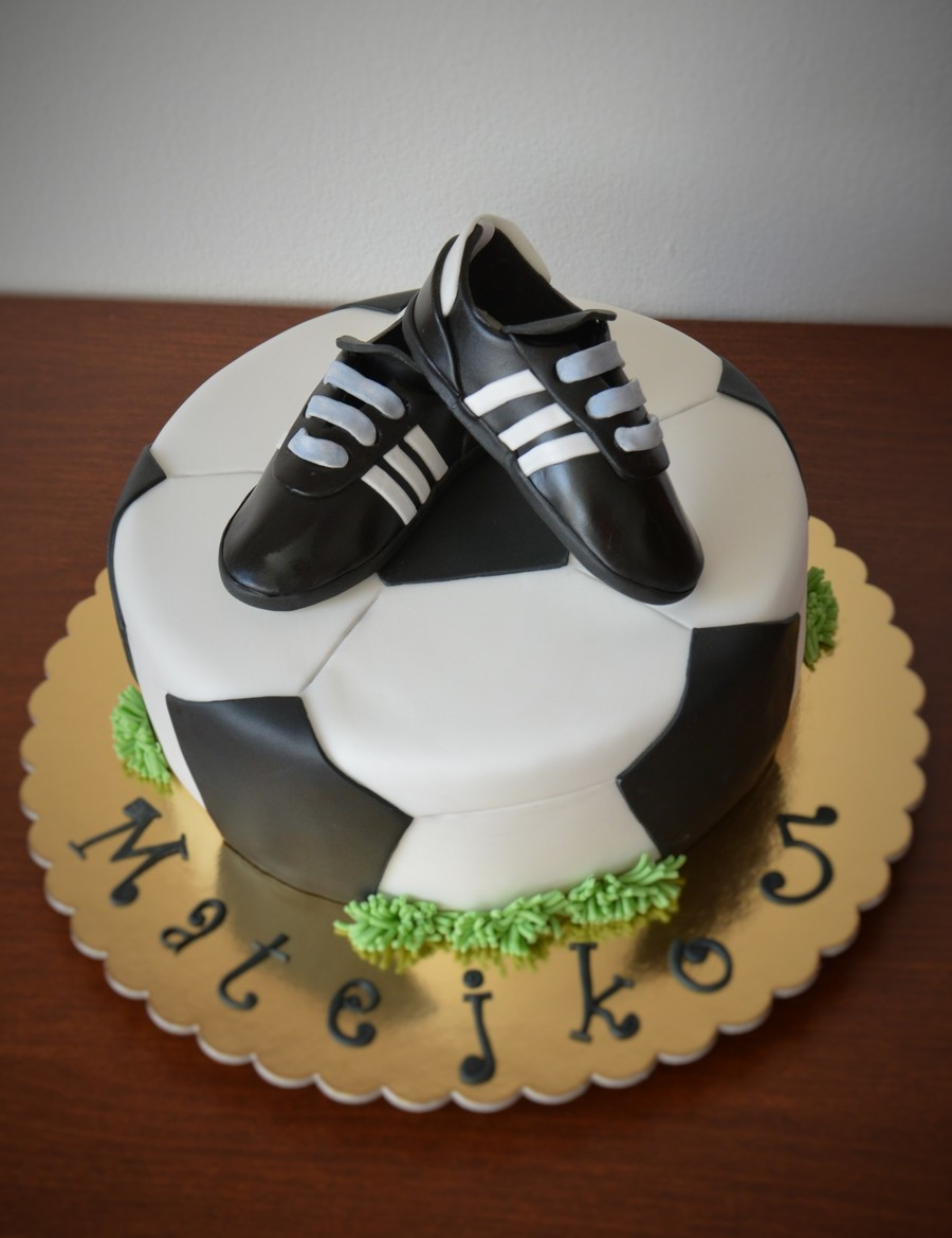 Soccer Cake on Cake Central