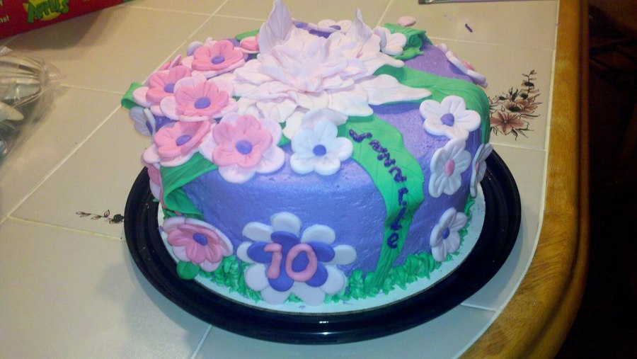 Flower Madness! on Cake Central