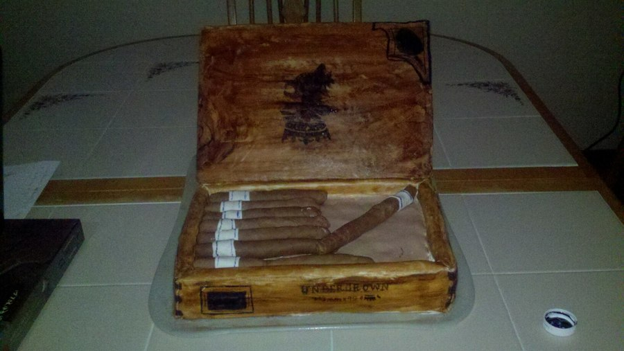 Humidor on Cake Central