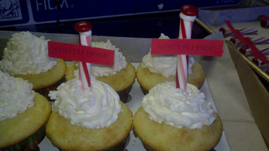North Pole Cupcakes on Cake Central