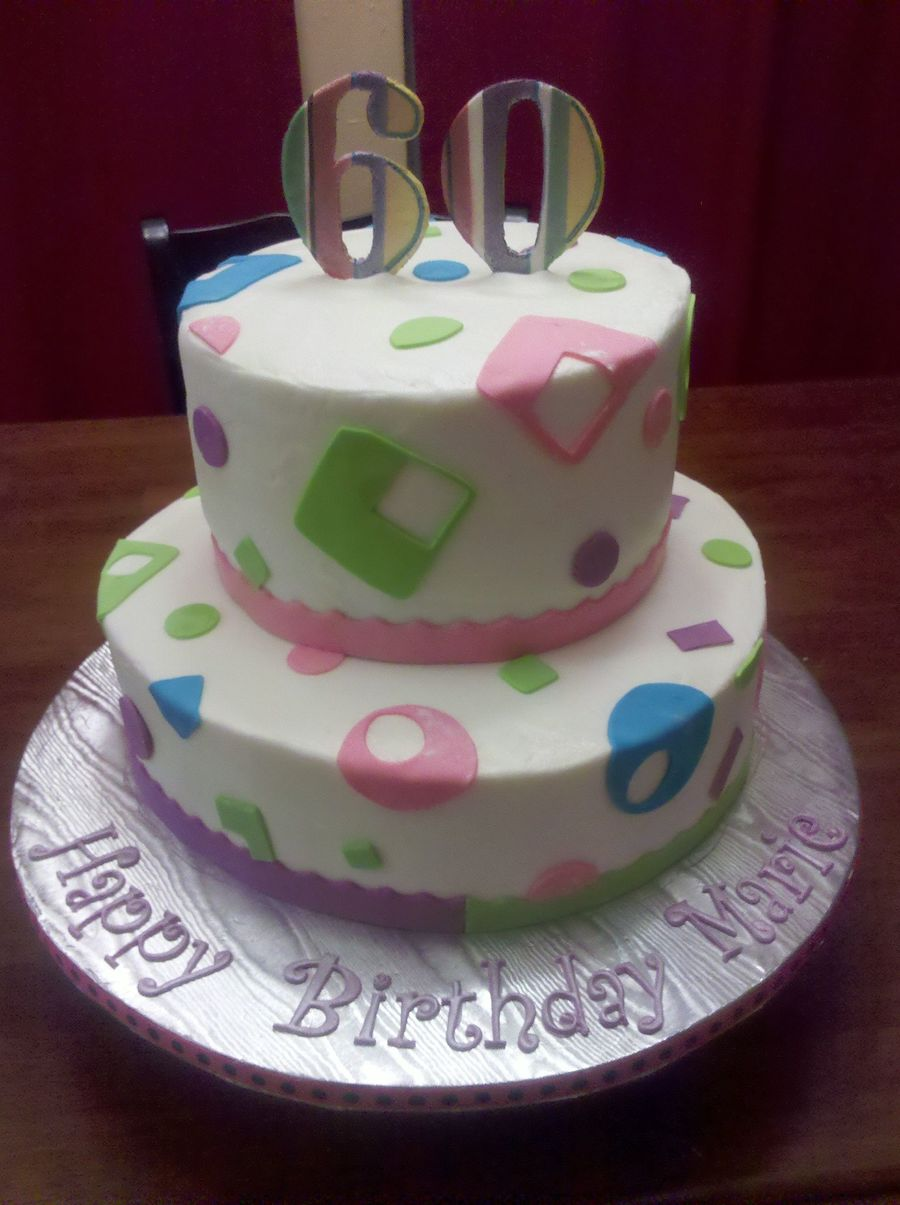 Birthday Cake Images Lady : 60Th Birthday Cake For A Special Lady Top Tier Is 4 Layers ...